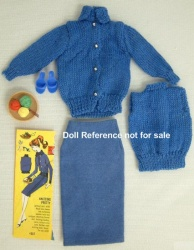 957 Knitting Pretty Blue 1963