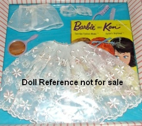 Barbie doll 921 Floral Petticoat 1959-1963