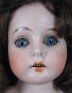 "Ernst Heubach dolly face mold 1901, 16"" tall"